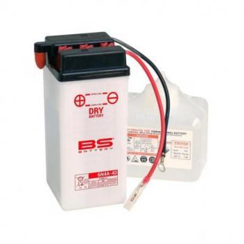 Batterie BS BATTERY 6N4A-4D conventionnelle livrée avec pack acide